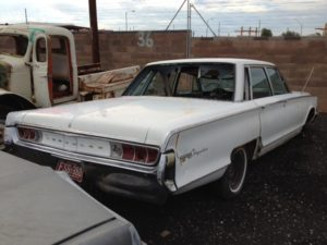 1965 Chrysler Newport (65CR2434D)
