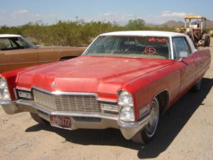 1968 Cadillac  Coupe de Ville (68CAnvbsD)