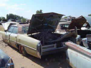 1965 Cadillac Sedan deVille (65CA1664C)