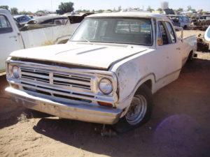 1973 Dodge-Truck 1/2T (73DT8610C)