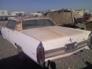 1966 Cadillac Coupe deVille (66CA5147D)
