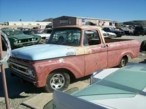 1961 Ford-F100 (61FT2048D)