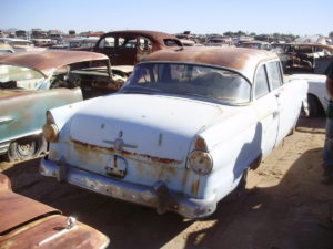1956 Ford Fairlane Club sdn (#56FO5959C)